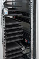 BSregál pro 33 tabletů, 33x230V, Wi-Fi