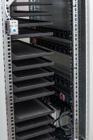 BSregál pro 40 tabletů, 40x230V, Wi-Fi, přídavná kolečka